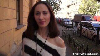 Tricky Agent sexy euro Aruna Aghora casting porn